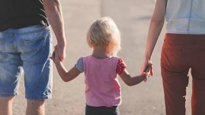 Президент России подписал указ о выплатах семьям с детьми