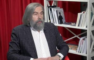 Порошенко решал вопросы с Россией через Медведчука, а Зеленский договариваться не хочет – политолог