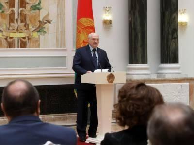 "Лукашенко собрался предъявлять претензии ""не какому-то Маасу"", а канцлеру ФРГ Меркель"
