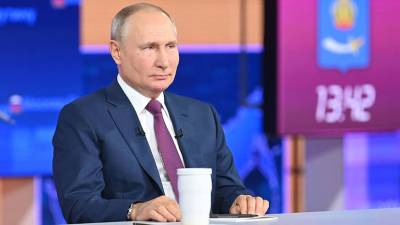 В Кремле сообщили о подготовке поручений по итогам прямой линии с Путиным