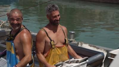 «Уходит рыбак в свой опасный путь...»