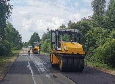 В Смоленском районе продолжается ремонт дороги «Ольша-Велиж-Усвяты-Невель»-Пржевальское.