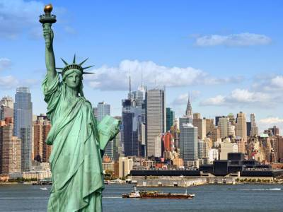 Нью-Йорк затянуло дымом из-за лесных пожаров на западе США
