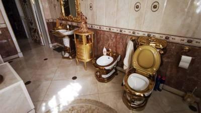 В доме задержанного главы ГИБДД Ставропольского края обнаружили золотой унитаз