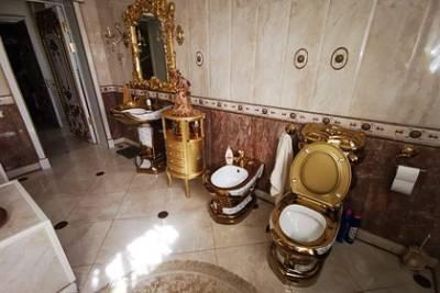 Дизайнер оценил особняк с золотым унитазом ставропольского начальника ГИБДД