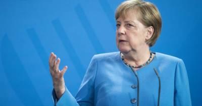 """Меркель и Путин обсудили вопросы """" Северного потока-2″"""