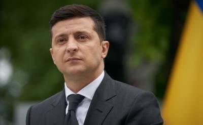 В Киеве суд обязал государственное бюро расследований завести уголовное дело о возможной госизмене президента