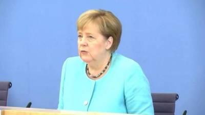 """Меркель: сделка ФРГ и США не устраняет все разногласия по """"Северному потоку - 2"""""""