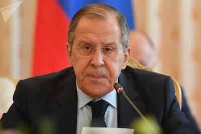 Лавров заявил о попытках Запада создать пояс нестабильности вокруг России