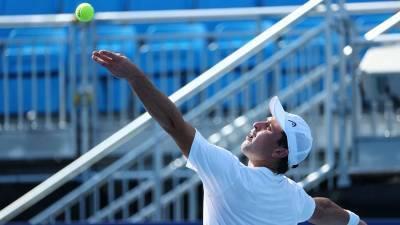 Россиянин Карацев вышел во второй круг турнира по теннису в Токио