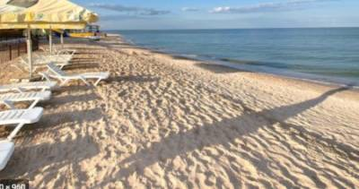 Туристы нашли украинский курорт с чистой морской водой без медуз: где он расположен. ФОТО
