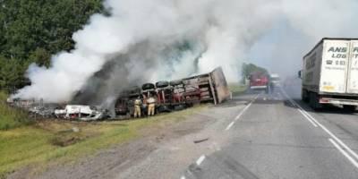 Травмированы пять человек: стали известны подробности ДТП с загоревшейся фурой в Кузбассе
