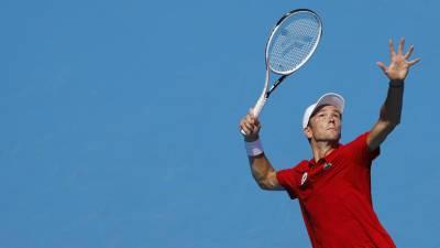 Медведев победил Нагала и вышел в третий круг теннисного турнира ОИ