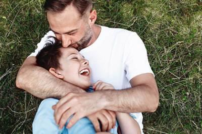 Дмитрий Шепелев впервые показал восьмилетнего сына Жанны Фриске