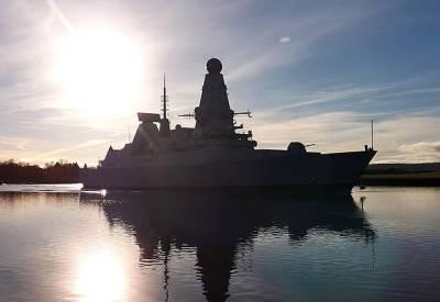 В Лондоне бьют тревогу: В Черном море едва не погиб последний британский эсминец