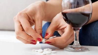 Запретить тратить детское пособие на алкоголь предложили курганские депутаты