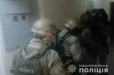 """Пытали и грабили """"коррупционеров"""": полиция Украины задержала """"Сенсея"""" - главаря необычной банды"""