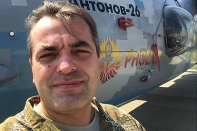 Соратник Порошенко захотел разогнать участников Крестного хода УПЦ бензопилами