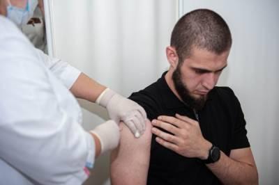 В Чечне заявили о вакцинировании 100% взрослого населения