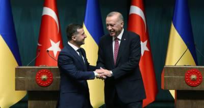 РФ не стоит волноваться из-за поставок турецкого оружия на Украину - советник Эрдогана