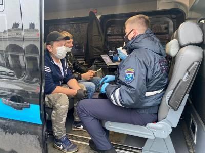 Фото и видео: в Ленобласти проверяют масочный режим в транспорте – за нарушение возможен штраф до 100 тыс. рублей