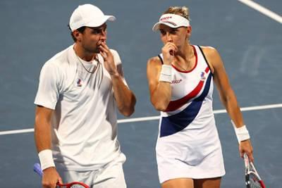 Российские теннисисты Веснина и Карацев вышли в полуфинал Олимпиады