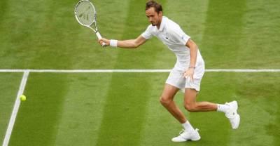 Даниил Медведев впервые в карьере вышел в 1/8 финала Уимблдона