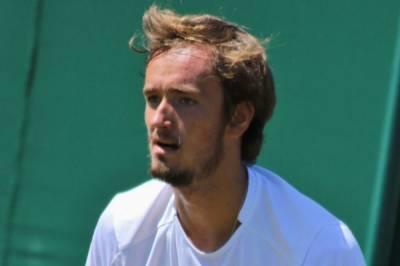 Теннисист Медведев одержал победу в третьем круге Уимблдона