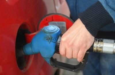 Розничные цены на бензин выросли на 13 копеек за неделю