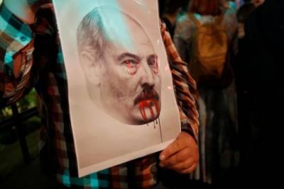 Как авторитарные лидеры строят зомби-демократии в своих странах