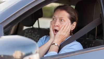 50-летняя женщина поймана за рулем без прав: хотела проверить, стоит ли учиться вождению