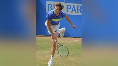 Даниил Медведев сыграет с Хуркачем за выход в четвертьфинал Уимблдона