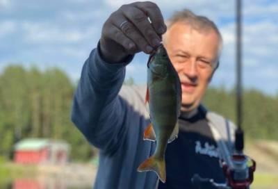 «Рыбаки поймут»: Александр Дрозденко показал свой улов после рыбалки