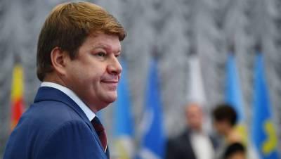 Губерниев назвал «тупорылым» решение внести его в «черный список» на Украине