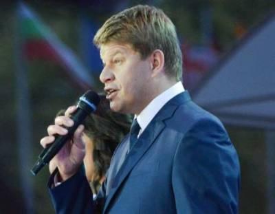 Дмитрий Губерниев иронично отреагировал на новость о внесении в черный список на Украине