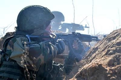 Белоруссия проведет военные учения у границ Литвы и Польши