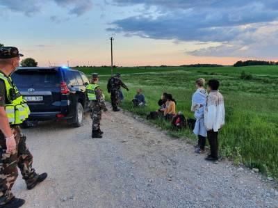 Премьер Литвы о росте числа мигрантов: условия для пересечения границы создаются сознательно