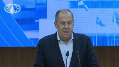 """Лавров заявил, что """"было бы неплохо"""" подписать мирный договор между Россией и Японией"""