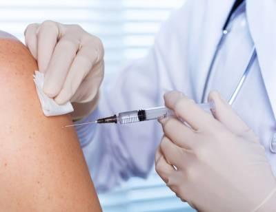 После вакцинации коронавирусом заразились менее 1% новосибирцев