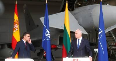 Пресс-конференцию лидеров Испании и Литвы прервали российские истребители: в НАТО сразу ответили