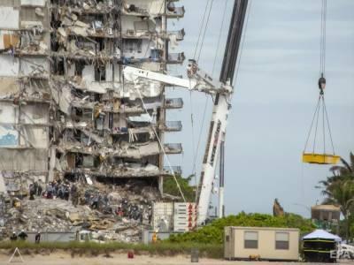 Число жертв обрушения дома в Майами возросло до 60. Пропавшими без вести остаются 80 человек