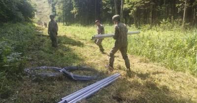 Из-за потока мигрантов. Литва начала ограждать границу с Беларусью (фото)