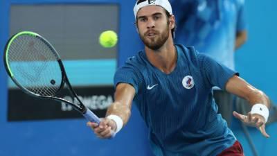 Российский теннисист Хачанов завоевал серебро на ОИ-2020