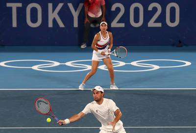 Российские теннисисты впервые взяли олимпийское золото в миксте