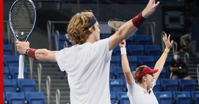 Российские теннисисты взяли золотую и серебряную медали в миксте Игр-2020