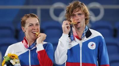 Российские теннисисты принесли золотую медаль в копилку сборной на ОИ в Токио