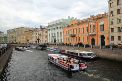 Бизнесмен из КНР обвинил в мошенничестве директора петербургской судоходной компании