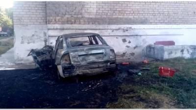 В Башкирии автомобиль врезался в жилой дом и загорелся – Устанавливается личность погибшего водителя