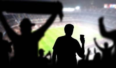 В России хотят позволить продавать пиво на стадионах