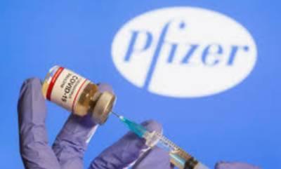 Люди могут заразиться коронавирусом даже после полной вакцинации. Эксперты объясняют почему